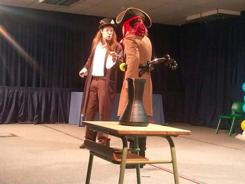 the-wizard-and-the-pirate-01-el-mundo-de-elmer